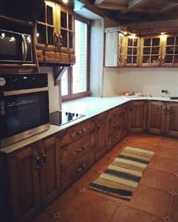 Кухня со столоешницей под подоконник - фото 4731
