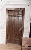Дверь из дерева  цвет палисандр